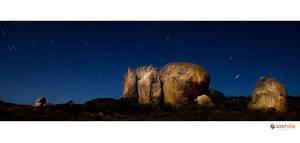 Lucky Bay Star Trails by Furiousxr