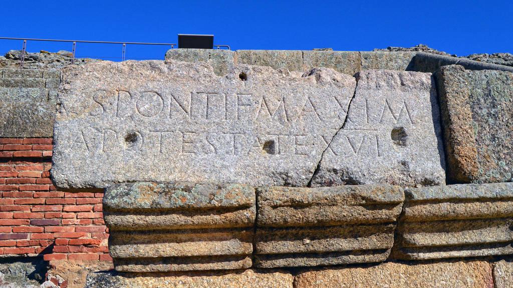 065 - Amphitheater in Merida by calasade