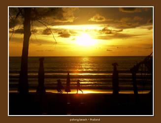 Patong Beach by rinaz