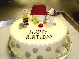 Snoopy Birthday Cake by IMntHRimEVRYWHER