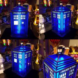 Tardis Lamp Mk 8 by DarkeVitrum