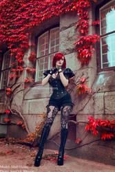 _maroon. by josefinejonssonphoto