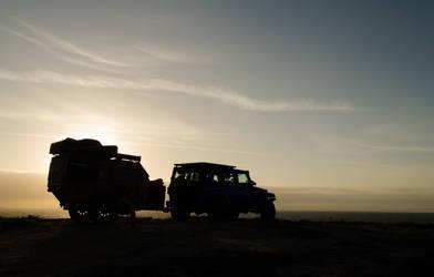 sunset jeep by iLuffy