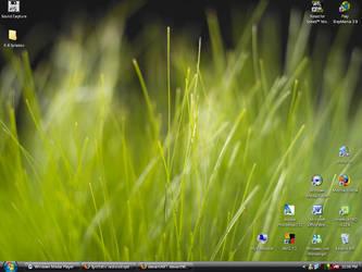 desk screen by DudE777