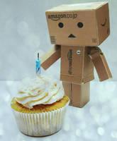 Birthday. by yuiiwae