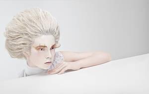 White for Xoxo by muratsuyur
