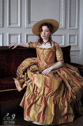 robe a l'anglaise 1775 portrait7 by Arumorahe