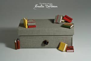 Box and Minibooks by Folksaga