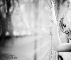 her Paris are gone by MotyPest