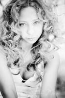 like Shakira by MotyPest