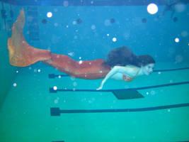 Mermaid tail swim test 2 by jadestonethedragon