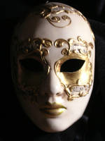 Spooky mask by dashinvaine