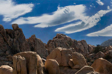 Lenticular Clouds 2008 by SteveVodhanel
