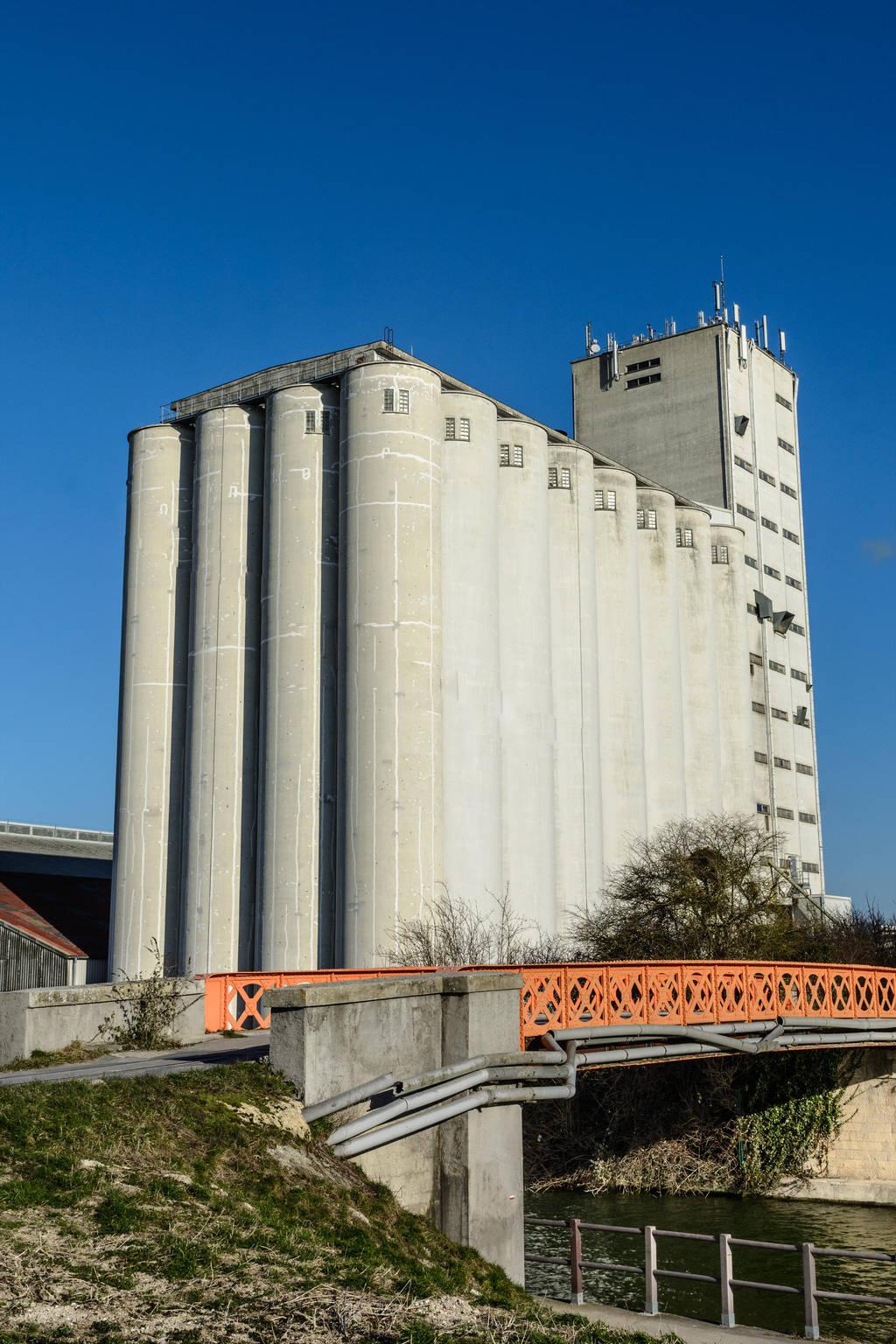17 Fevrier : Silo agricole by InterludePhoto