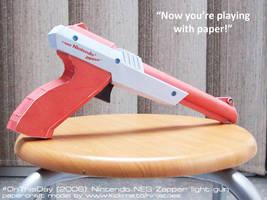 2006 papercraft Nintendo NES Zapper light gun by ninjatoespapercraft