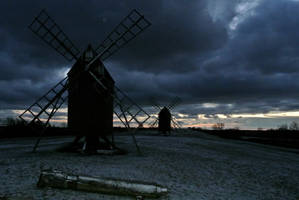 Windmills in Oland by windinthehair