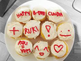 oh teh cupcakes by depairfactor