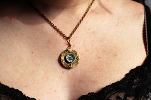 Nautical Compass Necklace Golden Working by artistiquejewelry