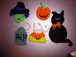 Halloween pins by Crochet-by-Clarissa