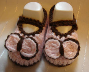 Pink and Brown mary jane baby shoes by Crochet-by-Clarissa