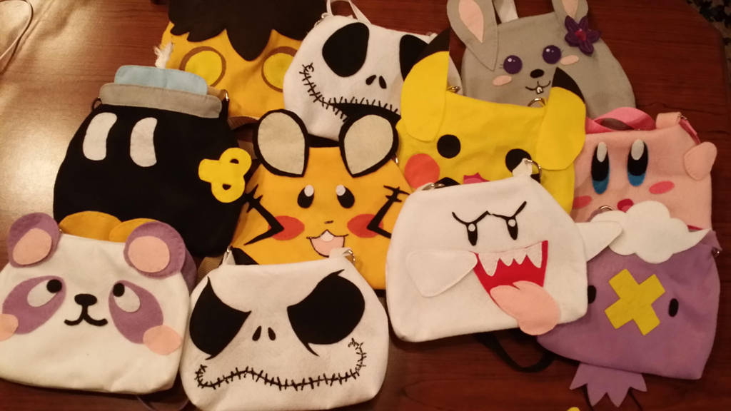 Cosplay Character Purses by ami-nomiko