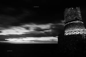 Antica torre di guardia - Calabria by cacciatore-di-attimi