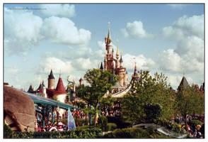 Disneys Dreamcastle by kleinerewoelfin