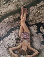 Giga Giantess Miranda Kerr by dochamps