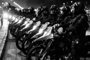 (muchas) motos by AriCaFoix