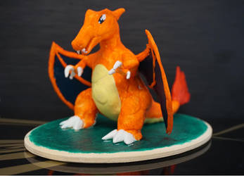 Charizard - Clay Sculpture by LoonyLunie