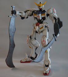 Barbatos HG with Scratch Build Swords by LoonyLunie