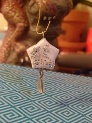 Paper Star charm by shinobitokobot