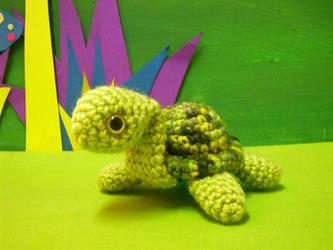 criss amigurumi turtle by rosieok