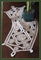 Queen Anne's Lace by Linhorra