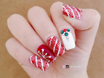 Peppermint Twist Nails by jeealee