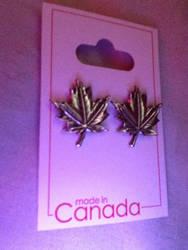 Maple Leaf Earrings!!! by gab226789