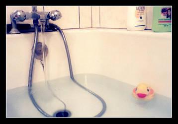 - le bain - by louline