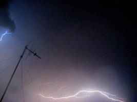lightning 5 by SammiStock