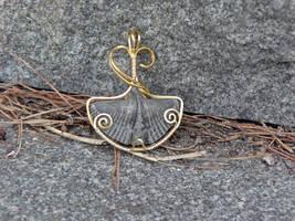 Ginkgo Brachiopod by magpie-poet