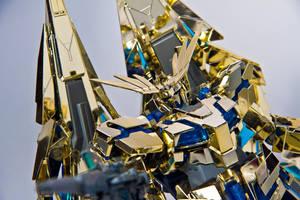 MG 1/100 RX-0 Unicorn Gundam 03 Phenex by aryss-skahara