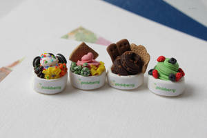 Miniatures 04: Pinkberry by ErickaUbasa