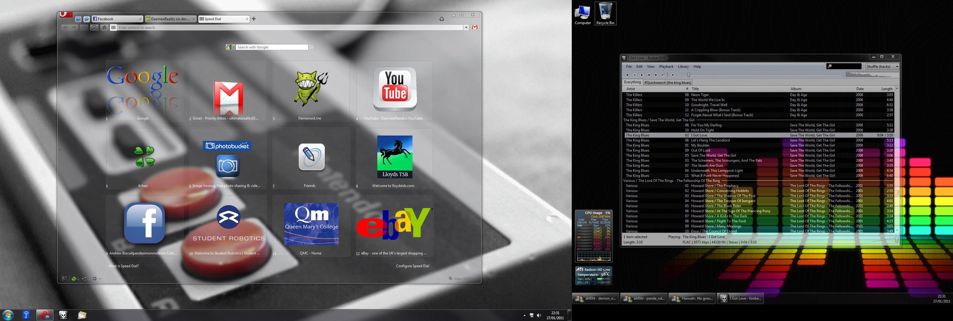 Desktop, Opera and Foobar by DaemonReality