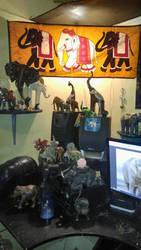 Elephant desk 2 by Simidae