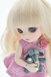 pukifee Mio by AlexEdg