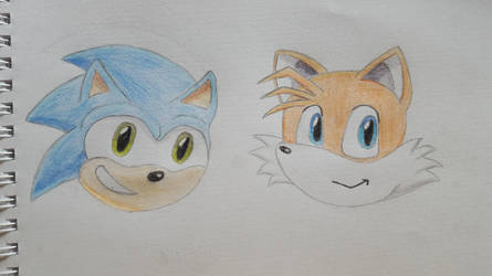 Sonic and Tails by BigDarthMaulFan