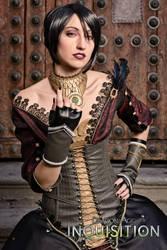 Morrigan DAI cosplay III by Nebulaluben