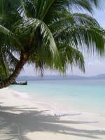 Boracay Beach by LadyLaisidhiel