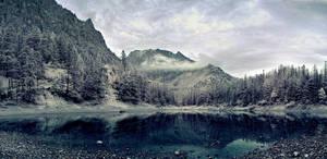mountain lake by elopan