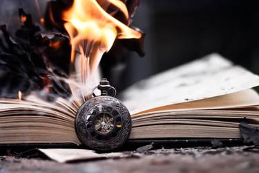 pyromaniac. by JadeGreenbrooke