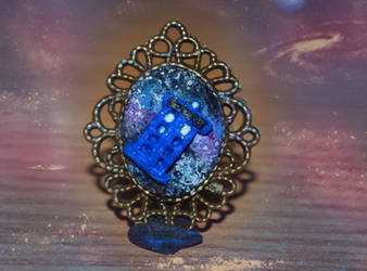 Polymer clay Tardis cameo pendant VIDEO TUTORIAL by trollwaffle